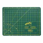 "Single ply. Double-sided mat includes both imperial and metric on gridded side and a blank cutting surface on the other side. Self-healing. Convenient 45° and 60° markings. Mat: 6 1/2"" x 8 3/4"" (17 x 22 cm). Grid:  6"" x 8"" (15 x 20 cm)"
