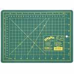 "Single ply. Double-sided mat includes both imperial and metric on gridded side and a blank cutting surface on the other side. Self-healing. Convenient 45° and 60° markings. Mat: 8 3/4"" x 11 3/4"" (22 x 30 cm). Grid:  8"" x 11"" (20 x 28 cm)"