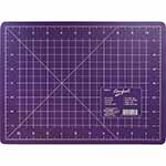 3 ply purple cutting mat. Mat: 8 3/4″ x 11 3/4″ (22 x 30 cm). Grid:  8″ x 11″ (20 x 28 cm)
